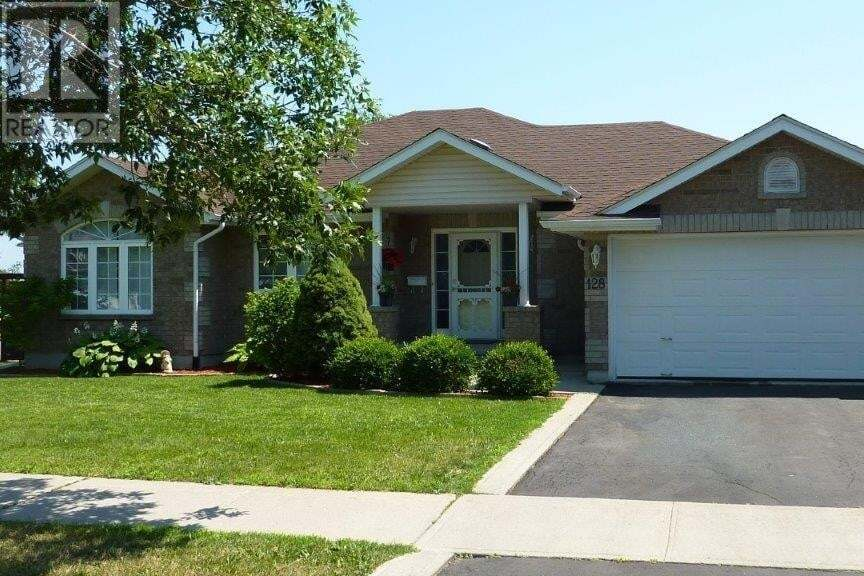 House for sale at 128 Nathan Ct Amherstview Ontario - MLS: K20003903