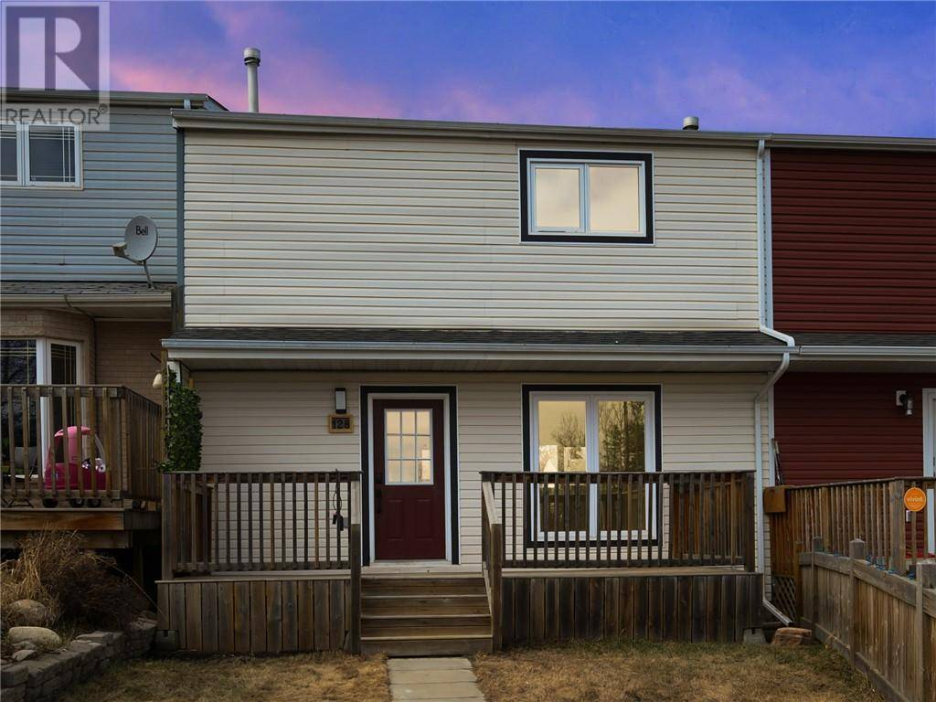 Townhouse for sale at 128 Rock By Fort Mcmurray Alberta - MLS: fm0186573