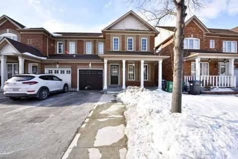 Townhouse for sale at 128 Saintsbury Cres Brampton Ontario - MLS: W4376822