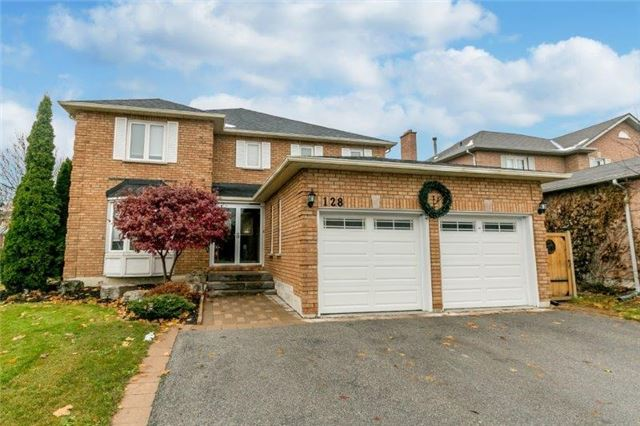 For Sale: 128 Savage Road, Newmarket, ON | 4 Bed, 4 Bath House for $1,117,000. See 19 photos!