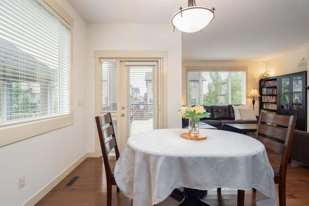 128 Sienna Pass, Chestermere | Image 2