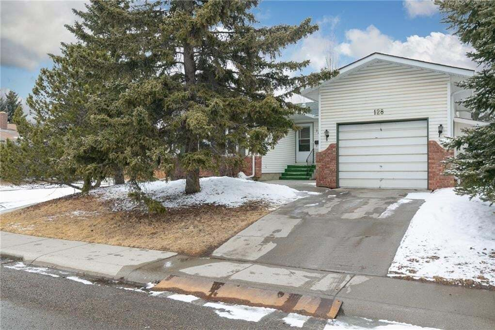 House for sale at 128 Silver Springs Ri NW Silver Springs, Calgary Alberta - MLS: C4292256