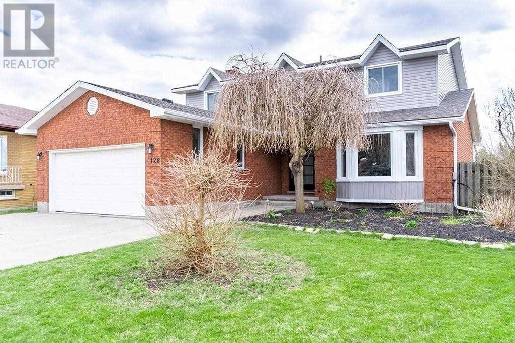 House for sale at 128 Solomon Cres Hamilton Ontario - MLS: X4743433
