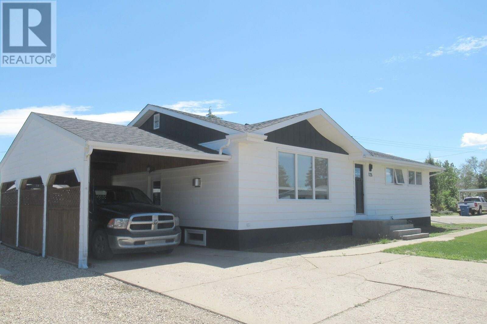 House for sale at 128 Wood Cres Assiniboia Saskatchewan - MLS: SK814077