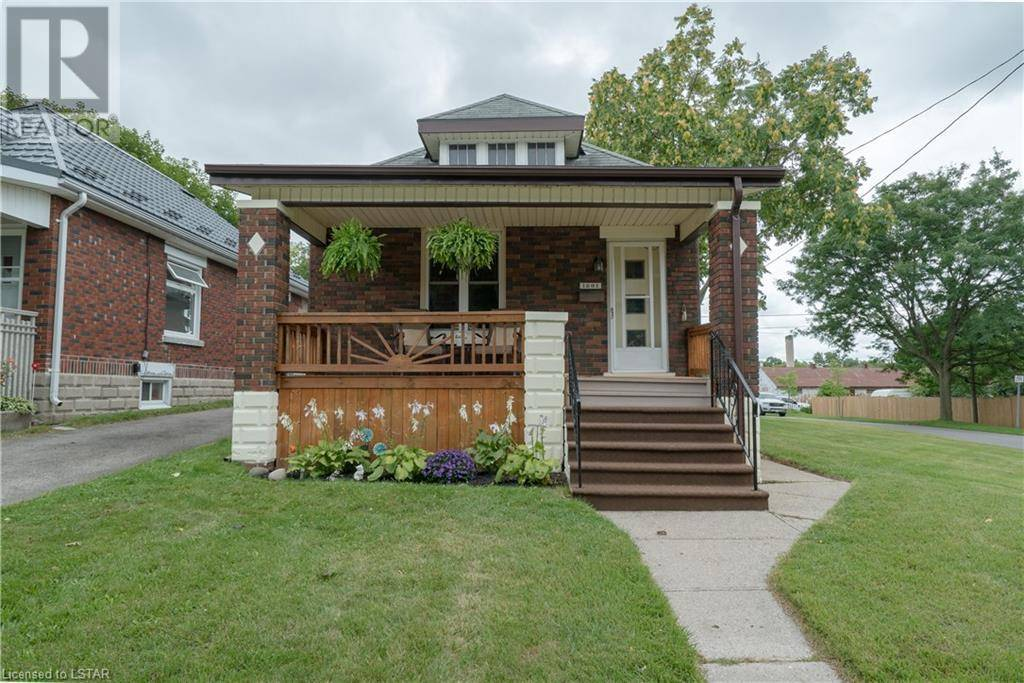 House for sale at 1281 York St London Ontario - MLS: 219533