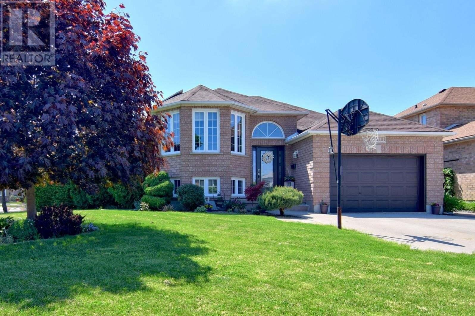 House for sale at 12818 Lanoue  Tecumseh Ontario - MLS: 20005988