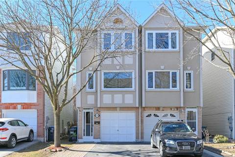 Townhouse for sale at 1289 Woodhill Ct Mississauga Ontario - MLS: W4399574