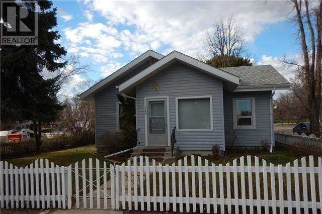 House for sale at 129 2 Ave Northeast Milk River Alberta - MLS: LD0193169