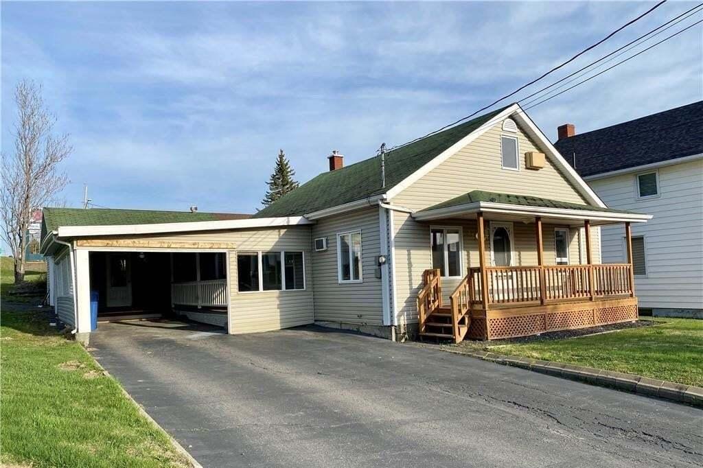 House for sale at 129 45e Ave Edmundston New Brunswick - MLS: NB043885