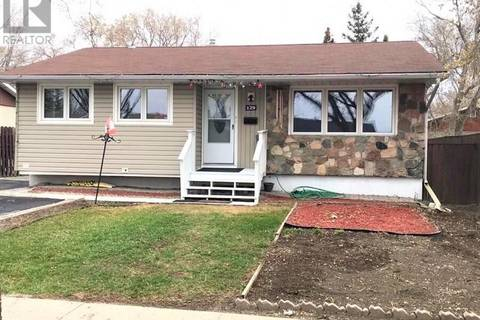 House for sale at 129 Cambridge Ave Regina Saskatchewan - MLS: SK763079