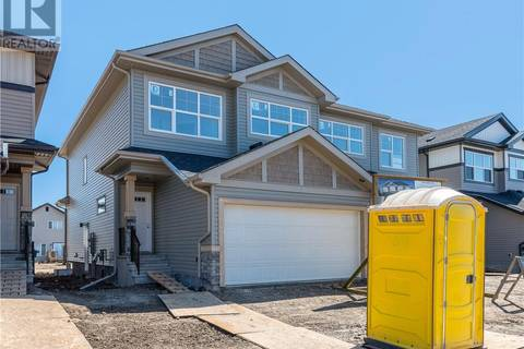 Townhouse for sale at 129 Collicott Dr Fort Mcmurray Alberta - MLS: fm0165741