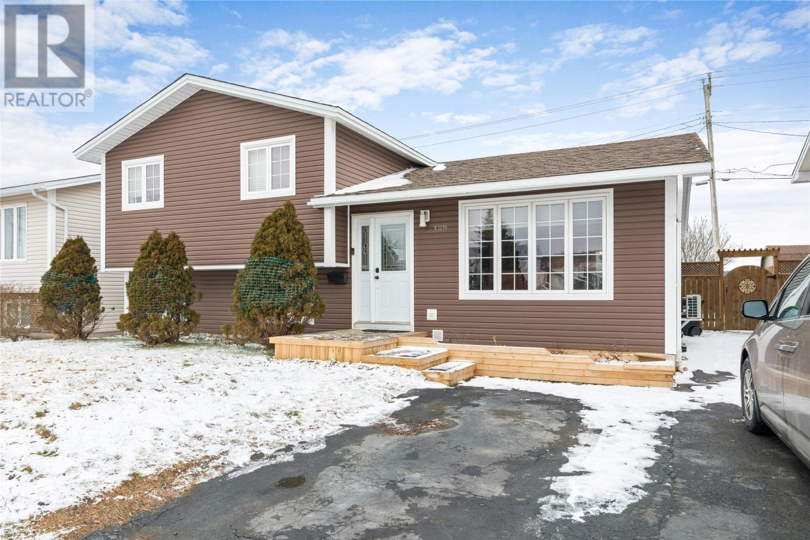 House for sale at 129 Frecker Dr St. John's Newfoundland - MLS: 1224785