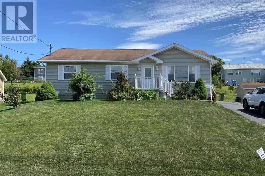 House for sale at 129 Mount Batton Dr New Glasgow Nova Scotia - MLS: 202013972