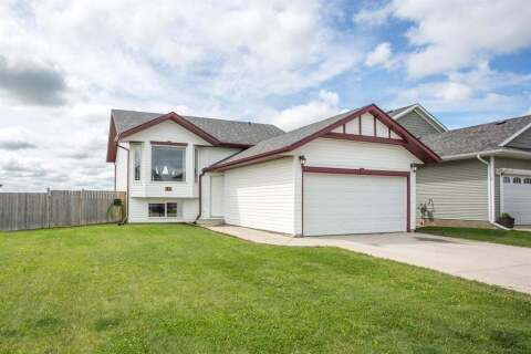 House for sale at 129 Newton Dr Penhold Alberta - MLS: A1007231