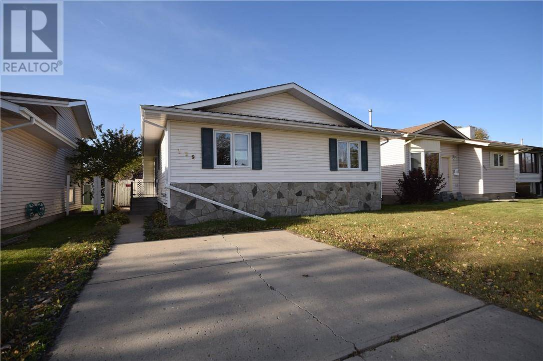 House for sale at 129 Rutledge Cres Red Deer Alberta - MLS: ca0181291