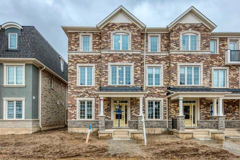 Townhouse for sale at 129 Stork St Oakville Ontario - MLS: W4731074