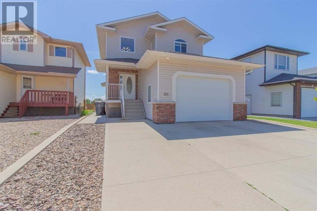 House for sale at 129 Vista Rte Southeast Medicine Hat Alberta - MLS: A1010928