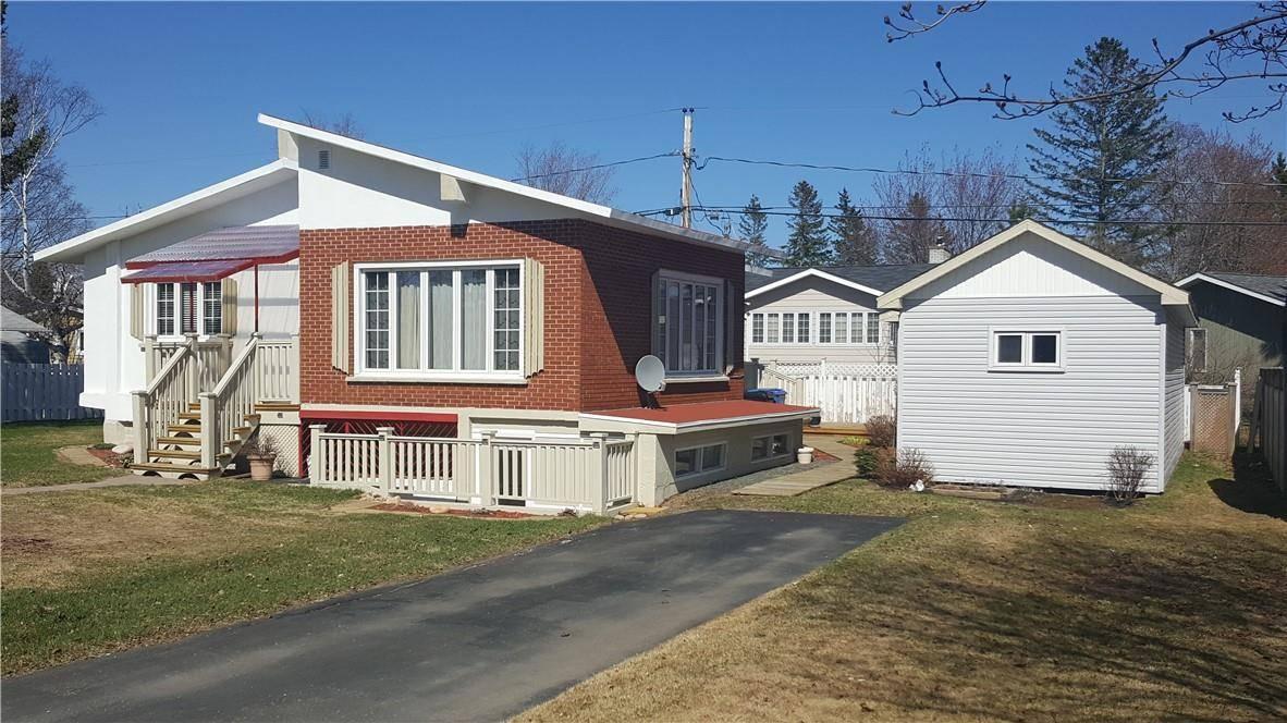 House for sale at 1290 Johnson  Bathurst New Brunswick - MLS: NB004650