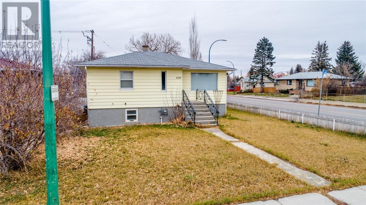 Removed: 1291 10 Avenue North, Lethbridge, AB - Removed on 2018-12-13 04:30:07