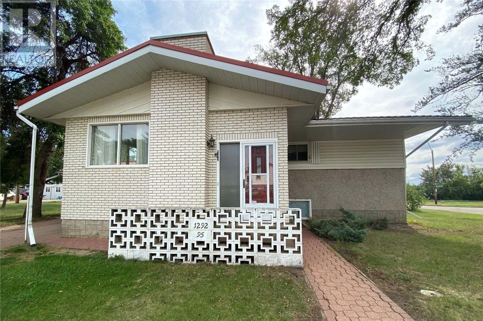 House for sale at 1292 95th St North Battleford Saskatchewan - MLS: SK824274