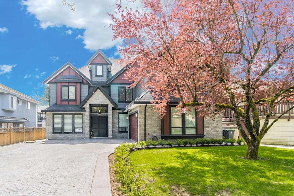 House For Sale At 12924 Carluke Cres Surrey British Columbia