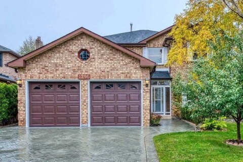 House for sale at 1296 Creekside Dr Oakville Ontario - MLS: W4990287