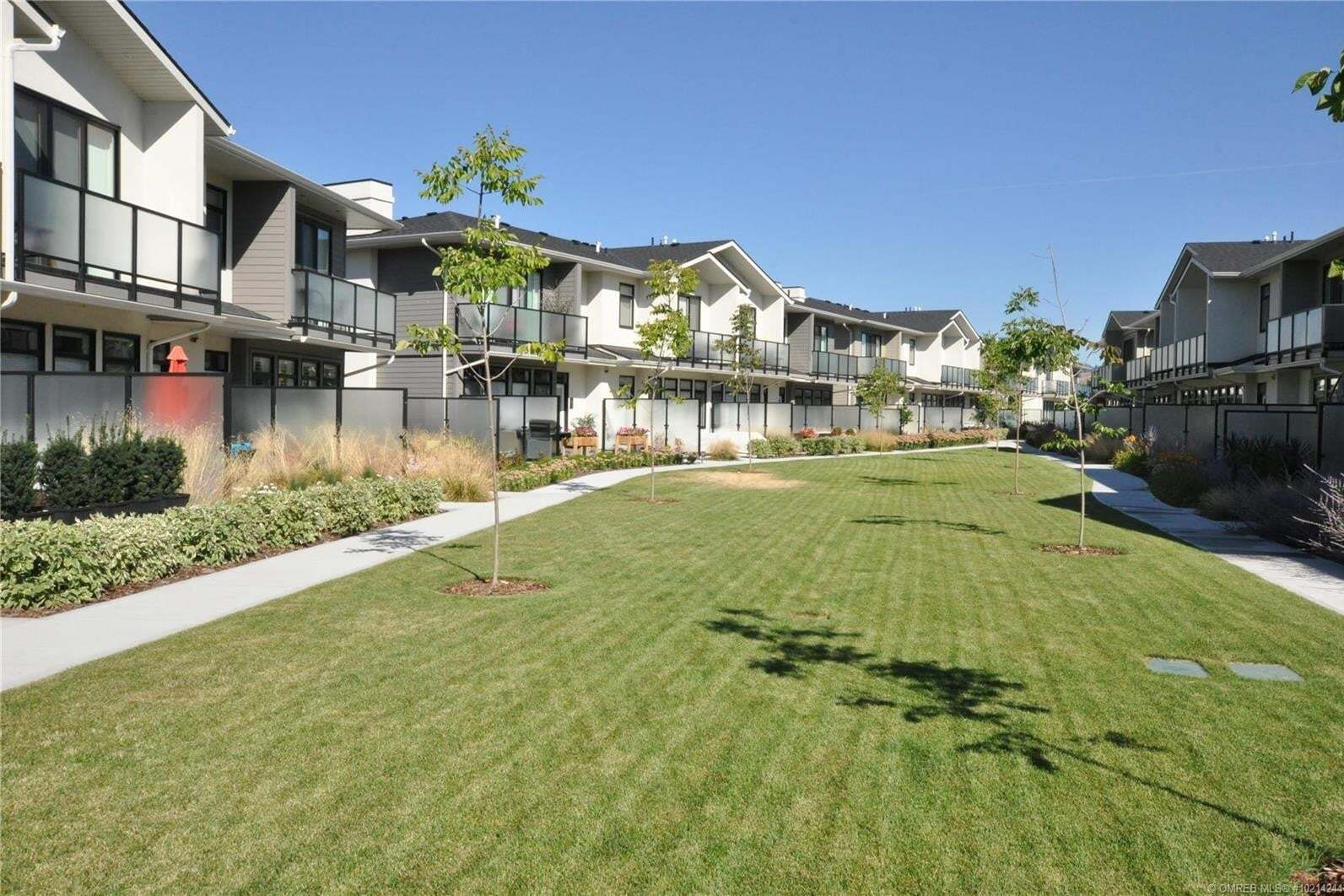 Townhouse for sale at 1102 Cameron Ave Unit 13 Kelowna British Columbia - MLS: 10214244