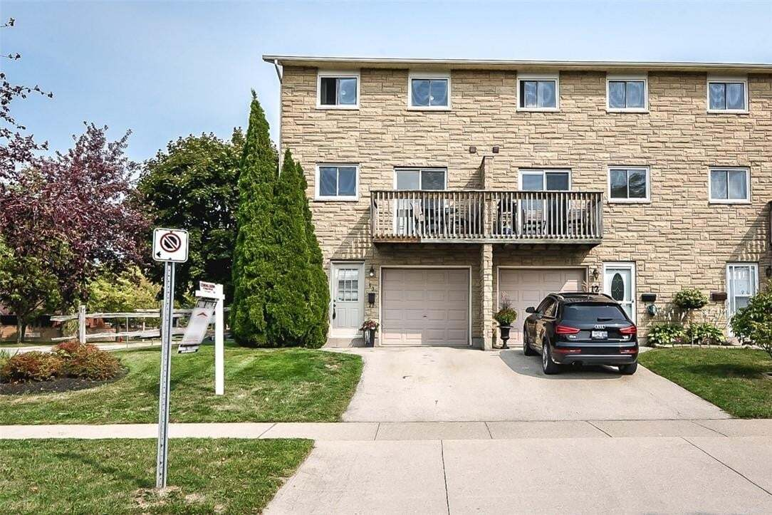 Townhouse for sale at 1155 Paramount Dr Unit 13 Stoney Creek Ontario - MLS: H4088336