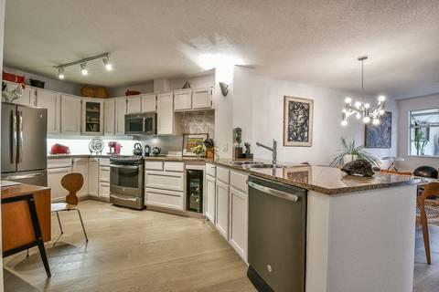 Condo for sale at 1442 Foster St Unit 13 White Rock British Columbia - MLS: R2431094