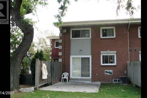 Townhouse for rent at 1990 Columbia Ct Unit 13 Windsor Ontario - MLS: 19020590