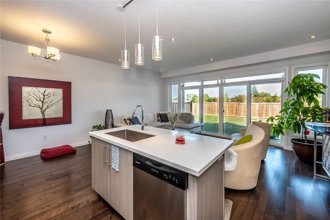 Townhouse for sale at 35 Midhurst Ht Unit 13 Stoney Creek Ontario - MLS: H4088924