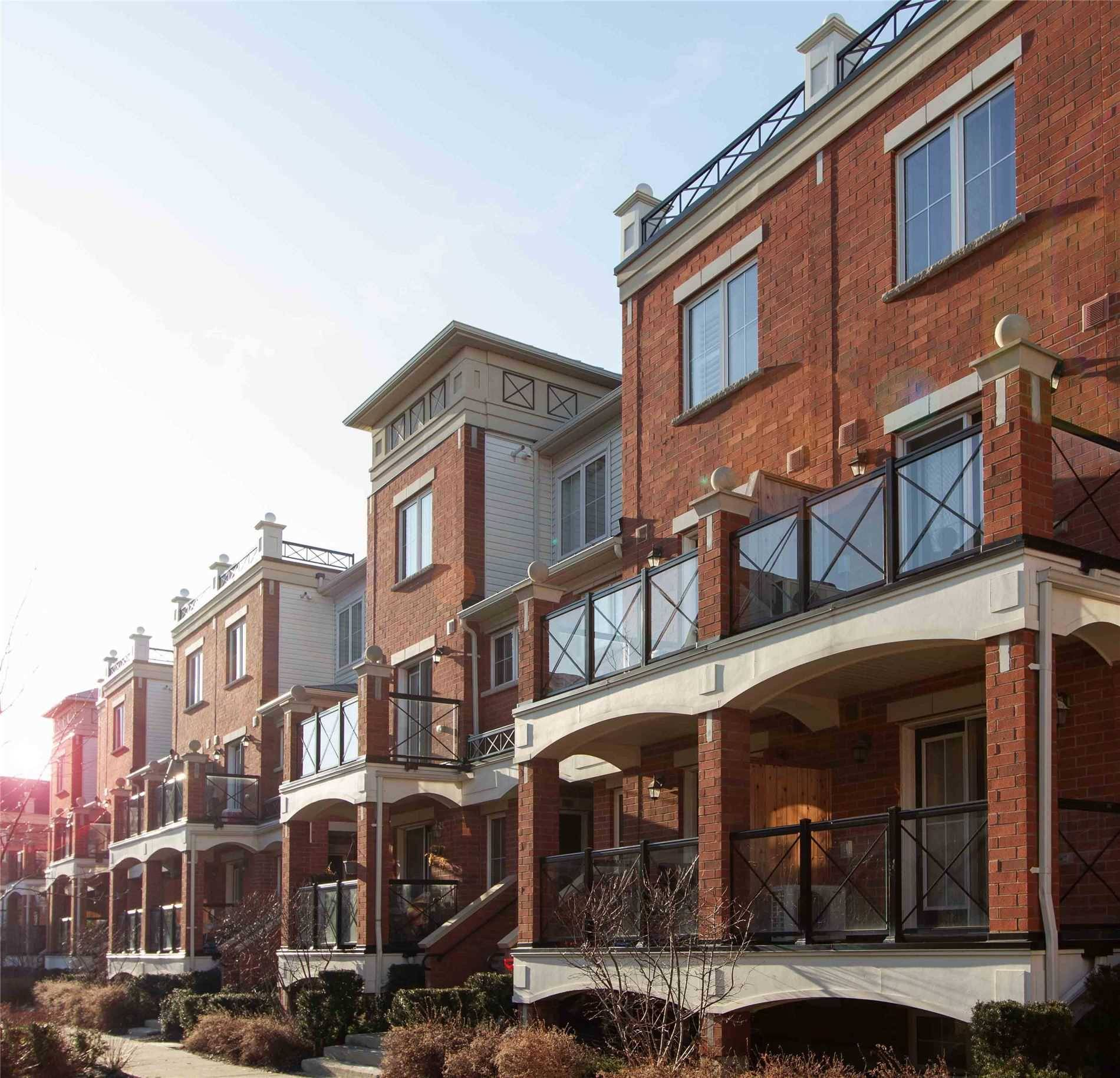 River Oaks Apartments Login: 13 - 43 Hays Boulevard, Oakville