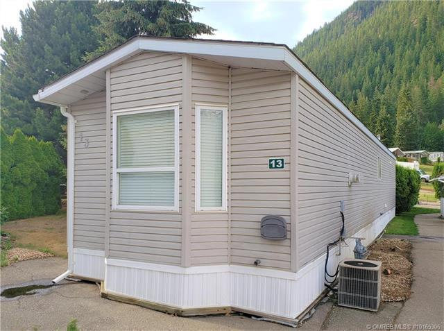 Buliding: 537 Begbie Road, Tappen, BC