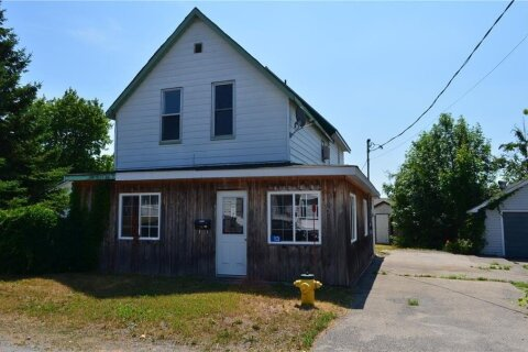 House for sale at 13 5th St Smiths Falls Ontario - MLS: 1216172