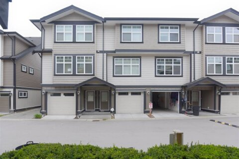 Townhouse for sale at 6350 142 St Unit 13 Surrey British Columbia - MLS: R2525406