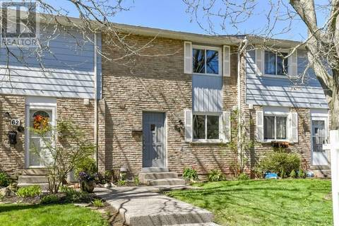 Townhouse for sale at 64 Worthington Dr Unit 13 Oakville Ontario - MLS: 30735753