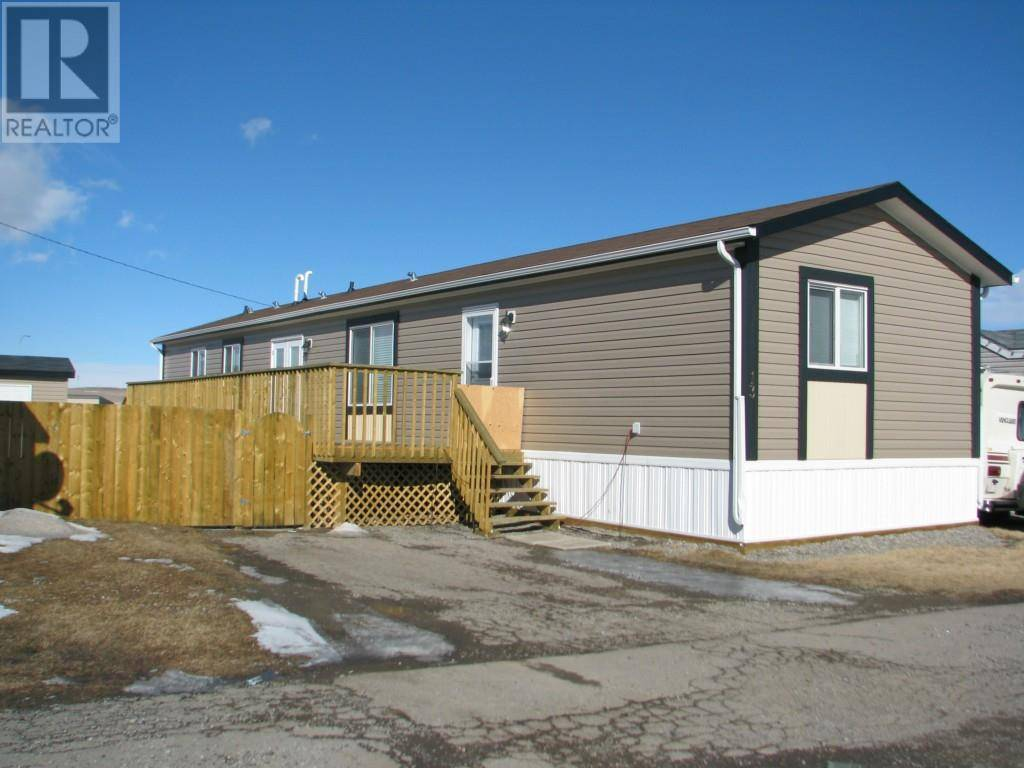 Residential property for sale at 895 Elizabeth St Unit 13 Pincher Creek Alberta - MLS: ld0184219