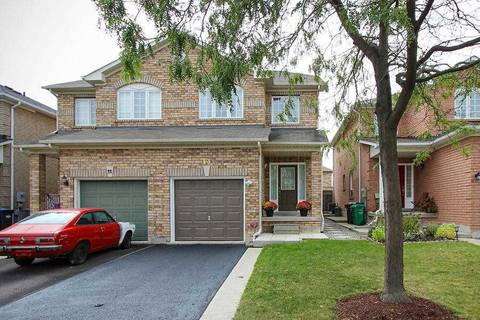 Townhouse for sale at 13 Baha Cres Brampton Ontario - MLS: W4594639