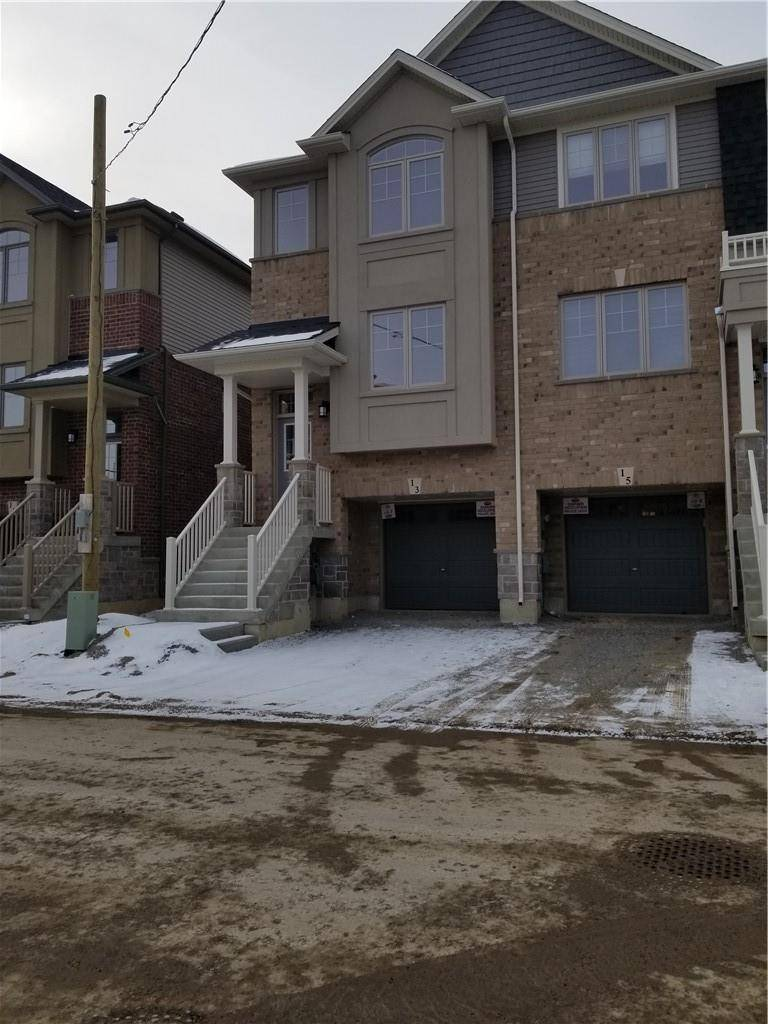 Townhouse for rent at 13 Barley Ln Ancaster Ontario - MLS: H4070345