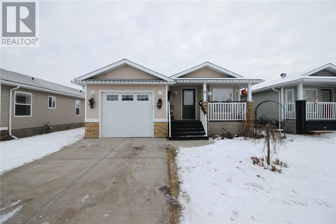 Residential property for sale at 13 Baywood Pl Sylvan Lake Alberta - MLS: ca0184367