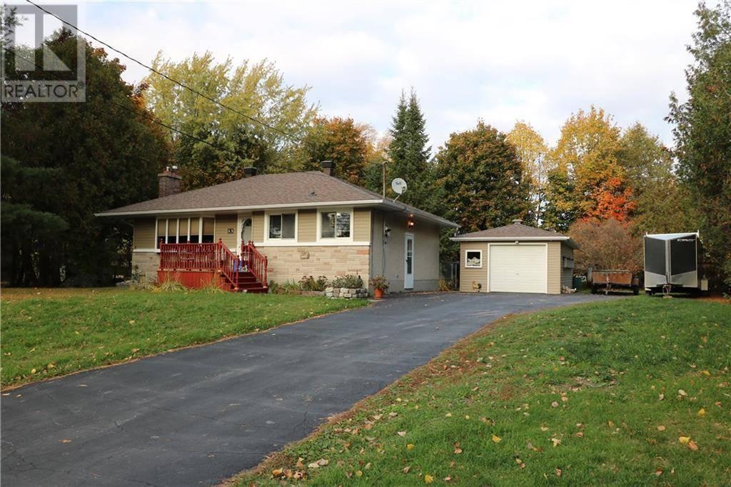 House for sale at 13 Bradley St Stittsville Ontario - MLS: 1173107