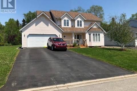 House for sale at 13 Bristol Pl Gander Newfoundland - MLS: 1171320