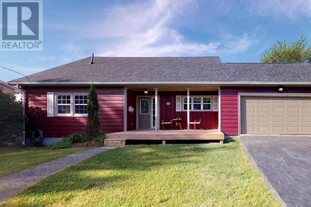 House for sale at 13 Broadholme Ln Halifax Nova Scotia - MLS: 202012824