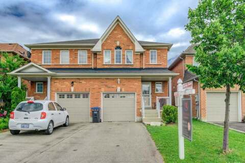 Townhouse for sale at 13 Cadillac Cres Brampton Ontario - MLS: W4810743