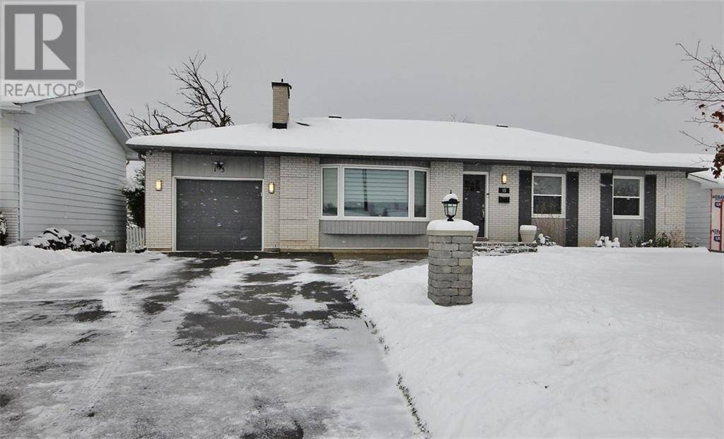 House for sale at 13 Charing Rd Ottawa Ontario - MLS: 1175233