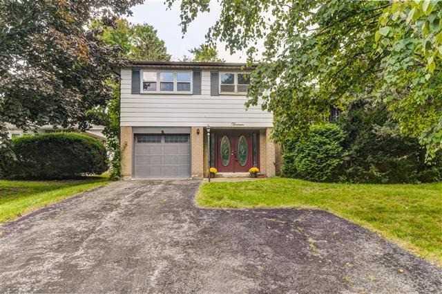 House for sale at 13 Devins Drive Aurora Ontario - MLS: N4251081