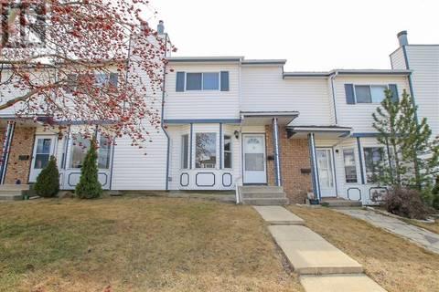 Townhouse for sale at 13 Elwell Cs Red Deer Alberta - MLS: ca0158676