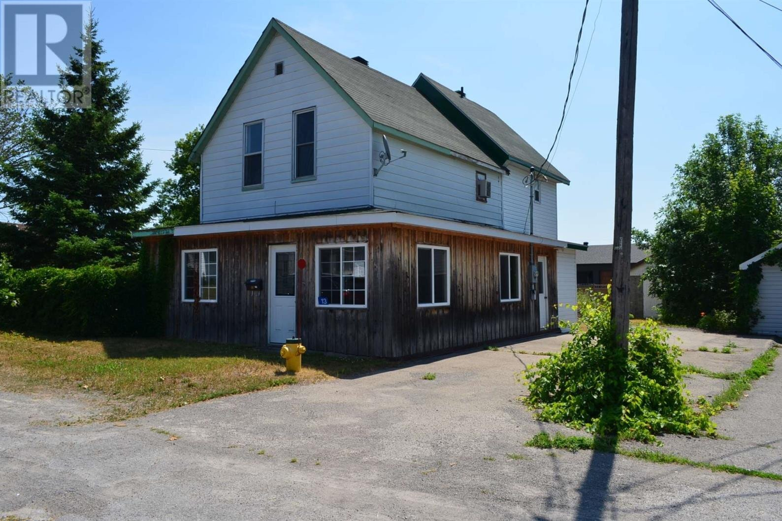 House for sale at 13 Fifth St Smith Falls Ontario - MLS: K20006146