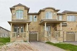 Townhouse for rent at 13 Hatton Ct Brampton Ontario - MLS: W4991437