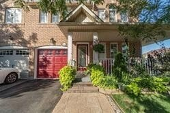 Townhouse for sale at 13 Junction Cres Brampton Ontario - MLS: W4998653